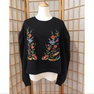 Romeo & Juliet Couture Black Top Flower Embroidery
